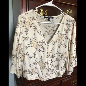 One ♥️ Clothing floral blouse